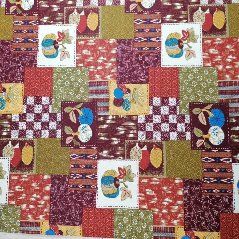 Japanese red cotton fabric with patchwork motif, PATCHIWAKU, made in Japan width 112 cm x 1m